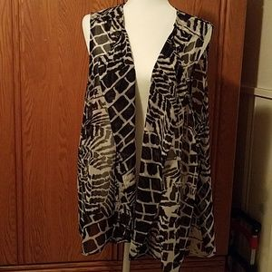 Beautiful Chico's size 3 sheer graphic print vest